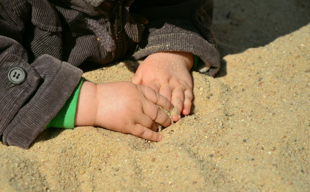 hands-717535_1920